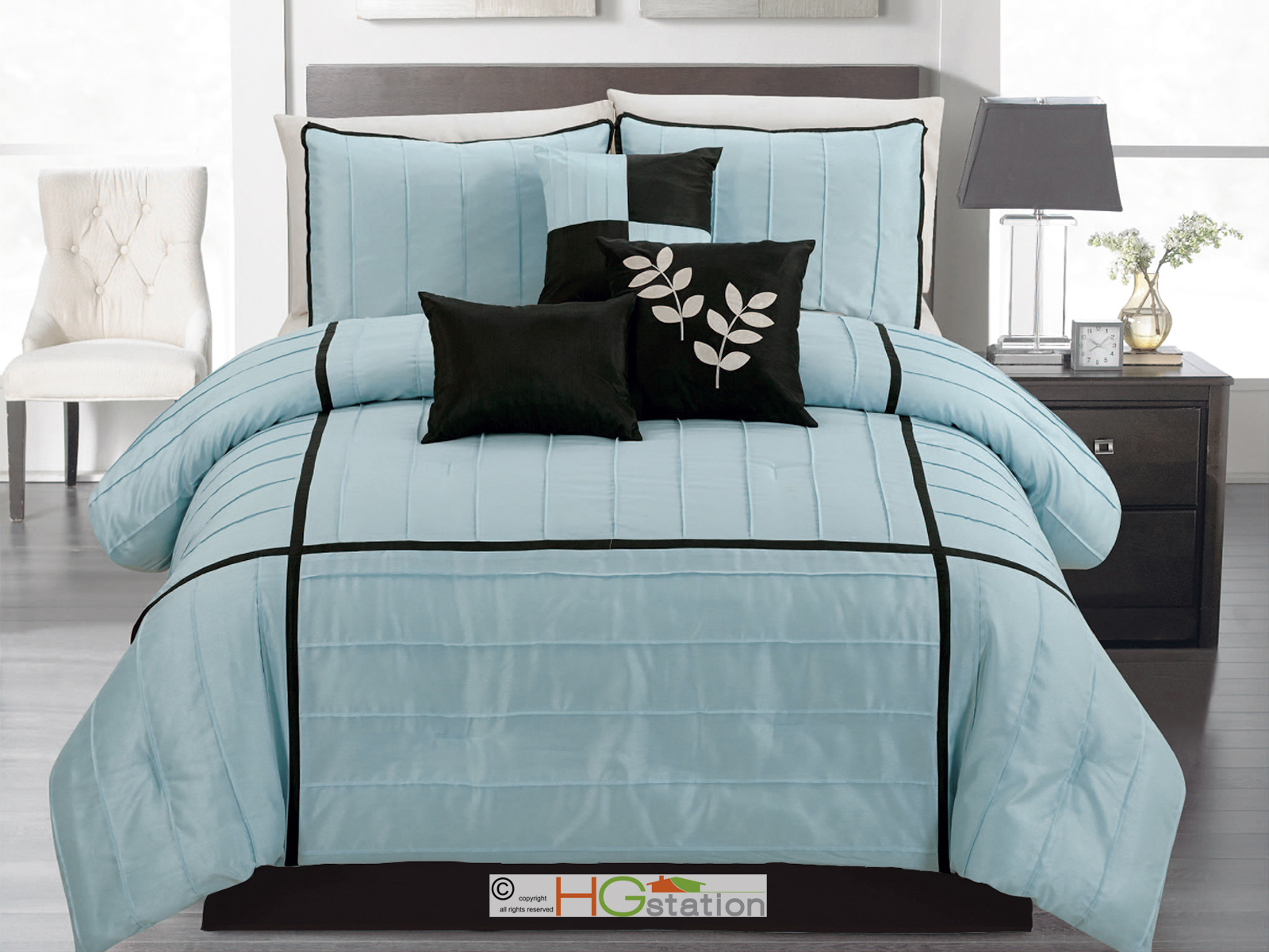7p chic sleek pleated comforter set square checker leaves. Black Bedroom Furniture Sets. Home Design Ideas