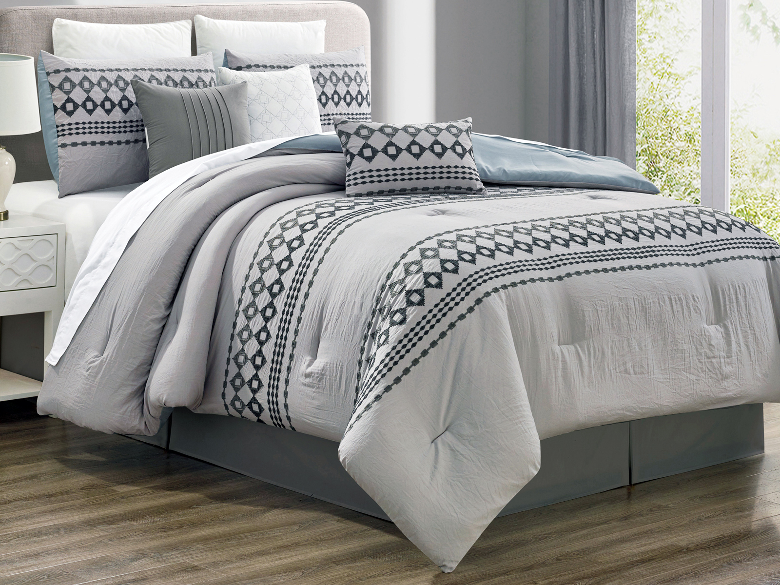 7 Pc Tobey Southwest Diamond Square Embroidery Comforter Set Gray Silver Queen Ebay